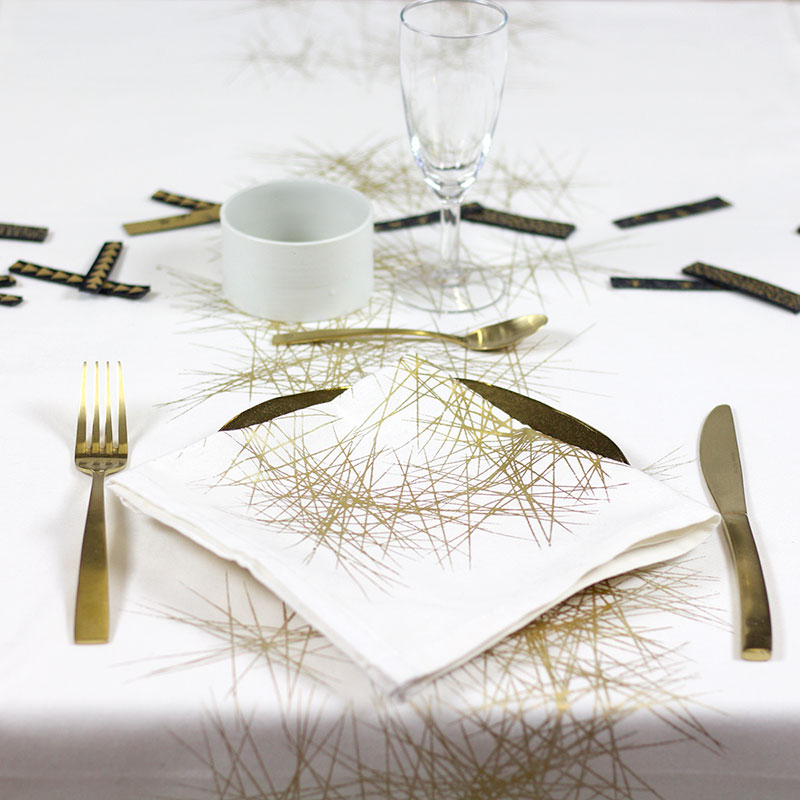 Table Runner Allium Whitegold Atelier Lotte Martens
